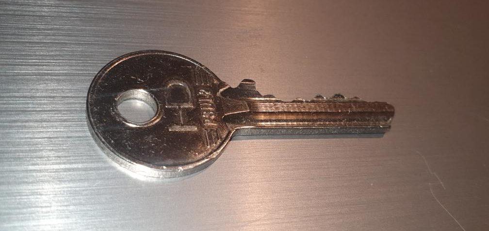 up close key